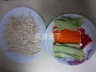 葱香金针菇的做法步骤:2